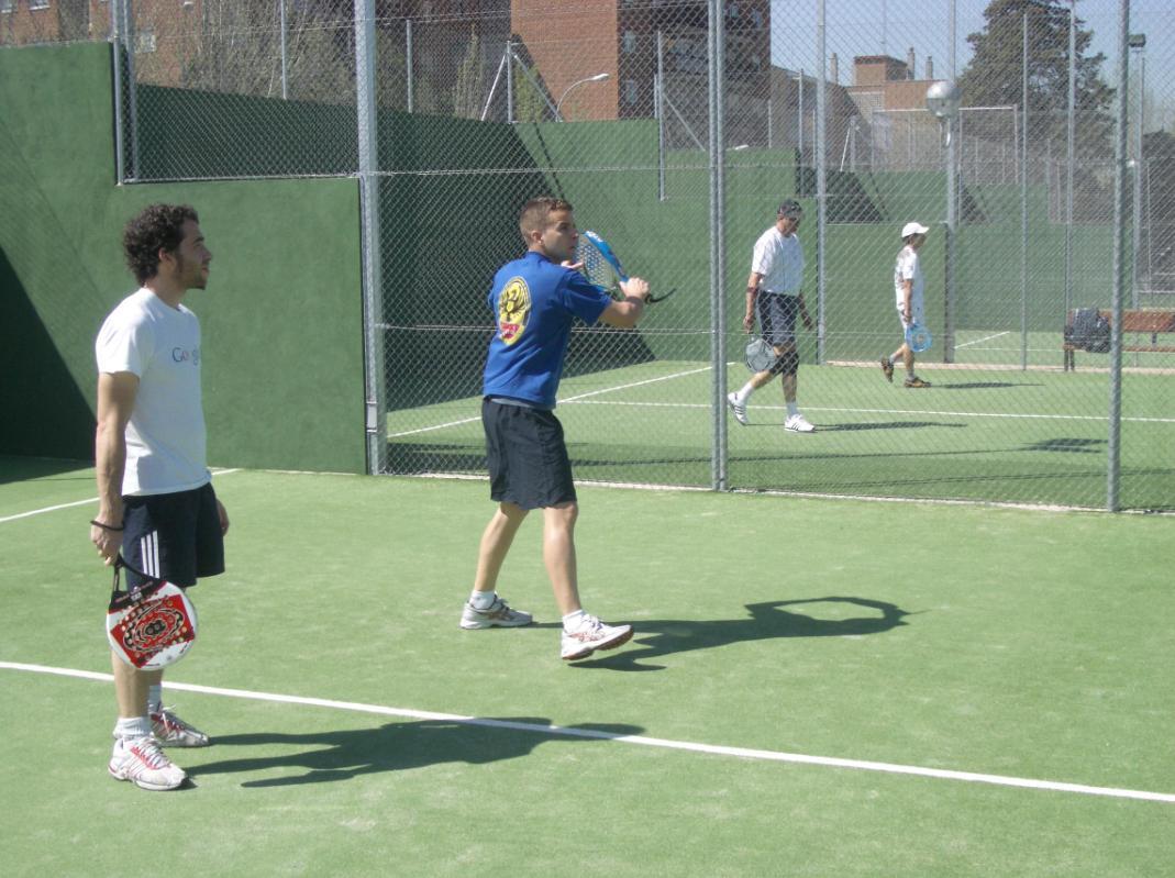 Nuestras clases de padel y tenis a domicilio en Madrid